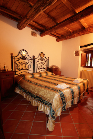 Residenza La Torre - Hotel - Santo Stefano di Sessanio - our rooms and apartments